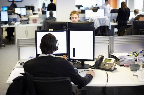 0 Workers In Call Centre Office